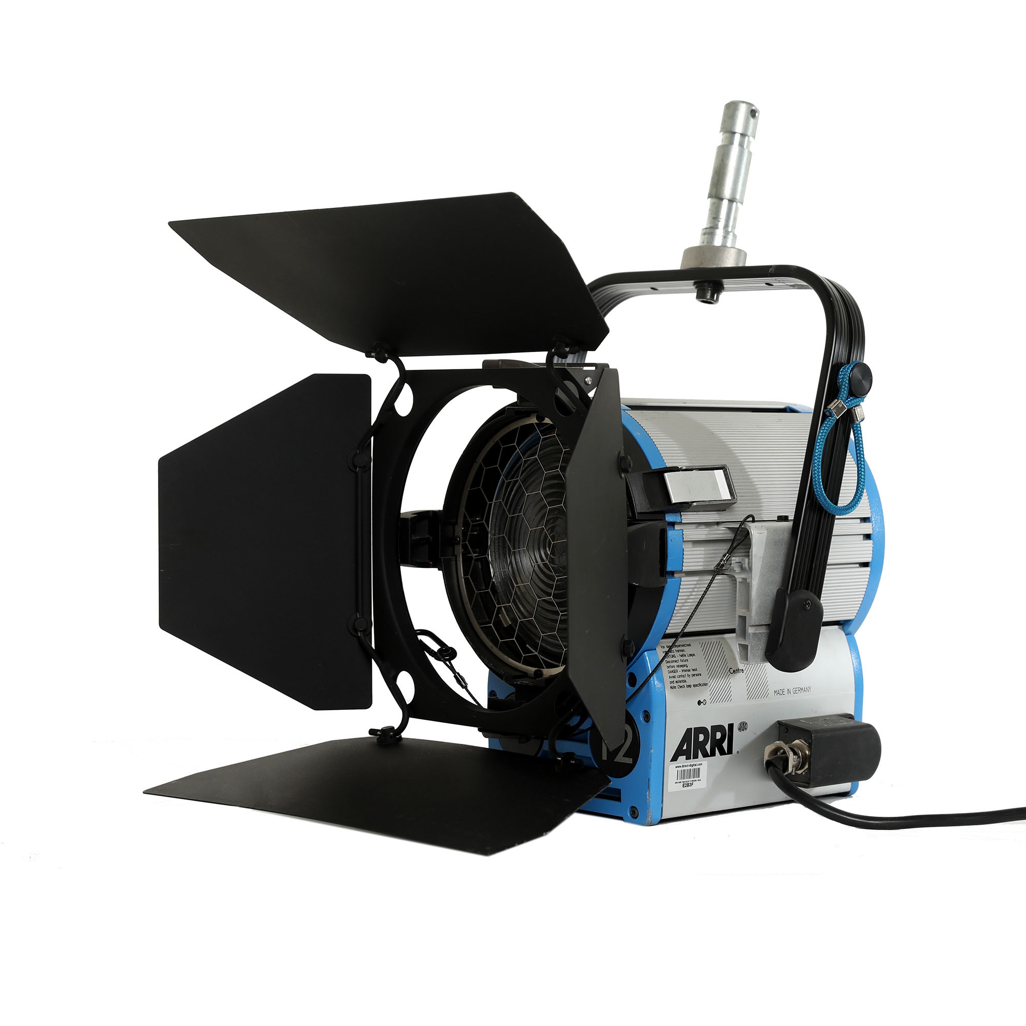 ARRI True Blue T2 2Kw Fresnel